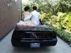 6月 結婚おめでとうございます。 同じ型の自家用車あり この日のために同じ型のオープンカー持参で 式に臨みました。 イキな計らいです。 幸せになってね~。